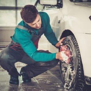 Nettoyage de voiture intérieur et extérieur